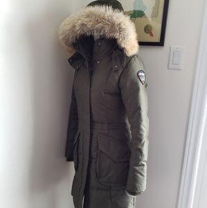 XS Pajar coat in green with real fur